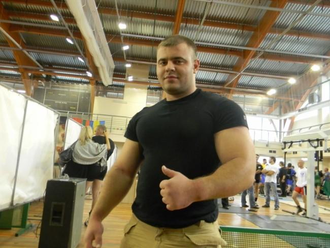 Виктор Найденов