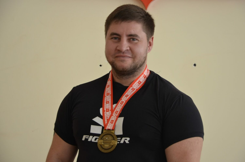 Денис Богатырев (1)