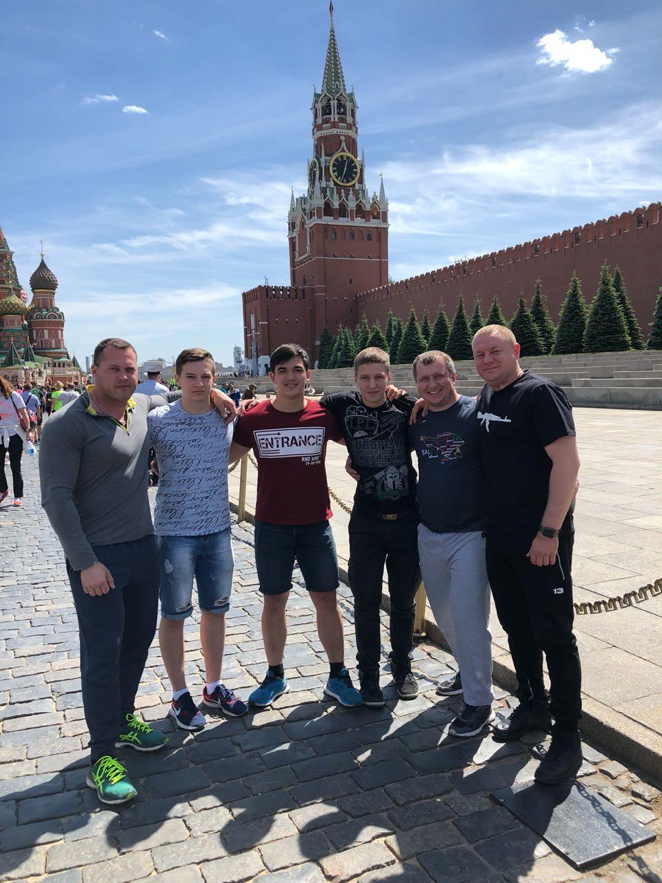Команда из города Минеральные Воды и Андрей Айвазов