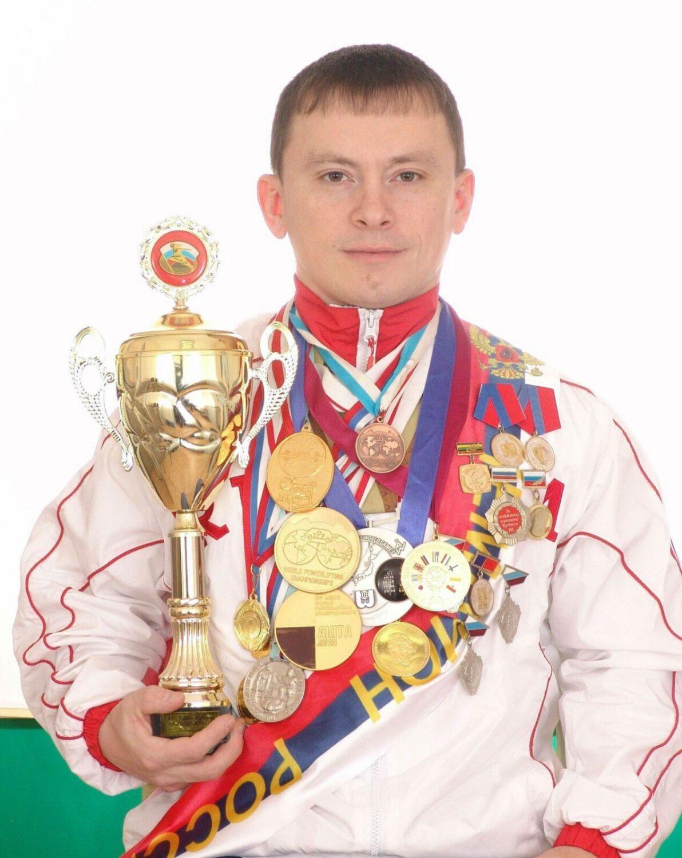 Константин Павлов - жим штанги лежа моя коронка