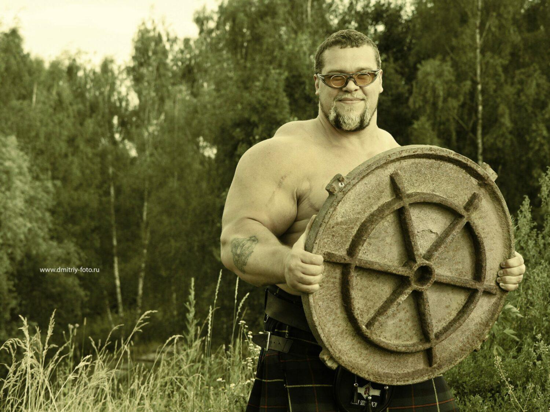Алексей Серебряков стронгмен