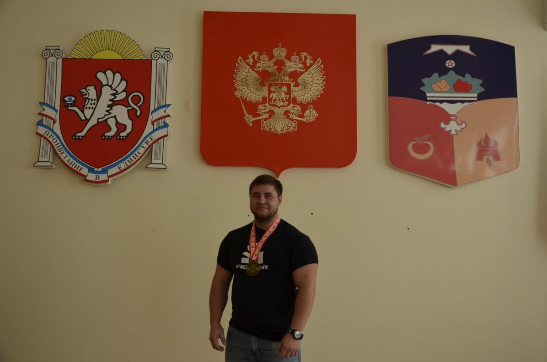 Денис Богатырев