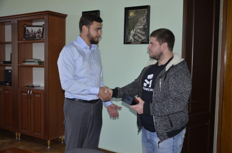 Денис Богатырев (2)