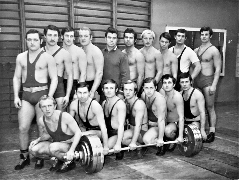 Группа кафедры «Тяжелая атлетика» Киевского государственного института физической культуры 1969 – 1973 гг