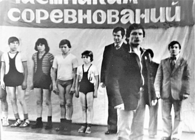 Главный судья соревнования ЗТ СССР Николай Снегуров и судья, Олимпийский чемпион ЗМС, Виктор Мазин (справа)
