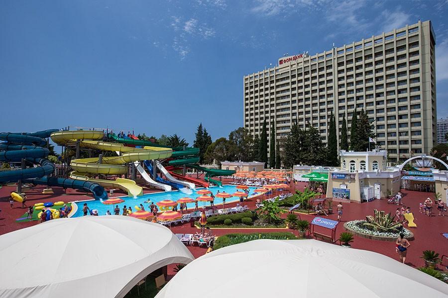 Отель «Весна» один из самых крупных отелей города Сочи
