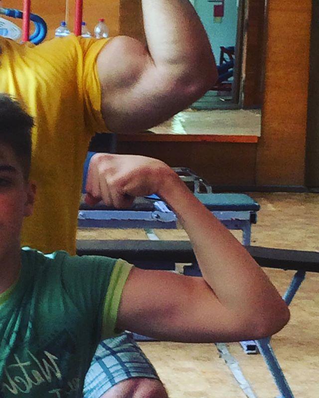 На тренировке с сыном (2016)